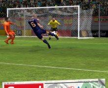 تحميل لعبة تسجيل الاهداف للايفون Score! World Goals